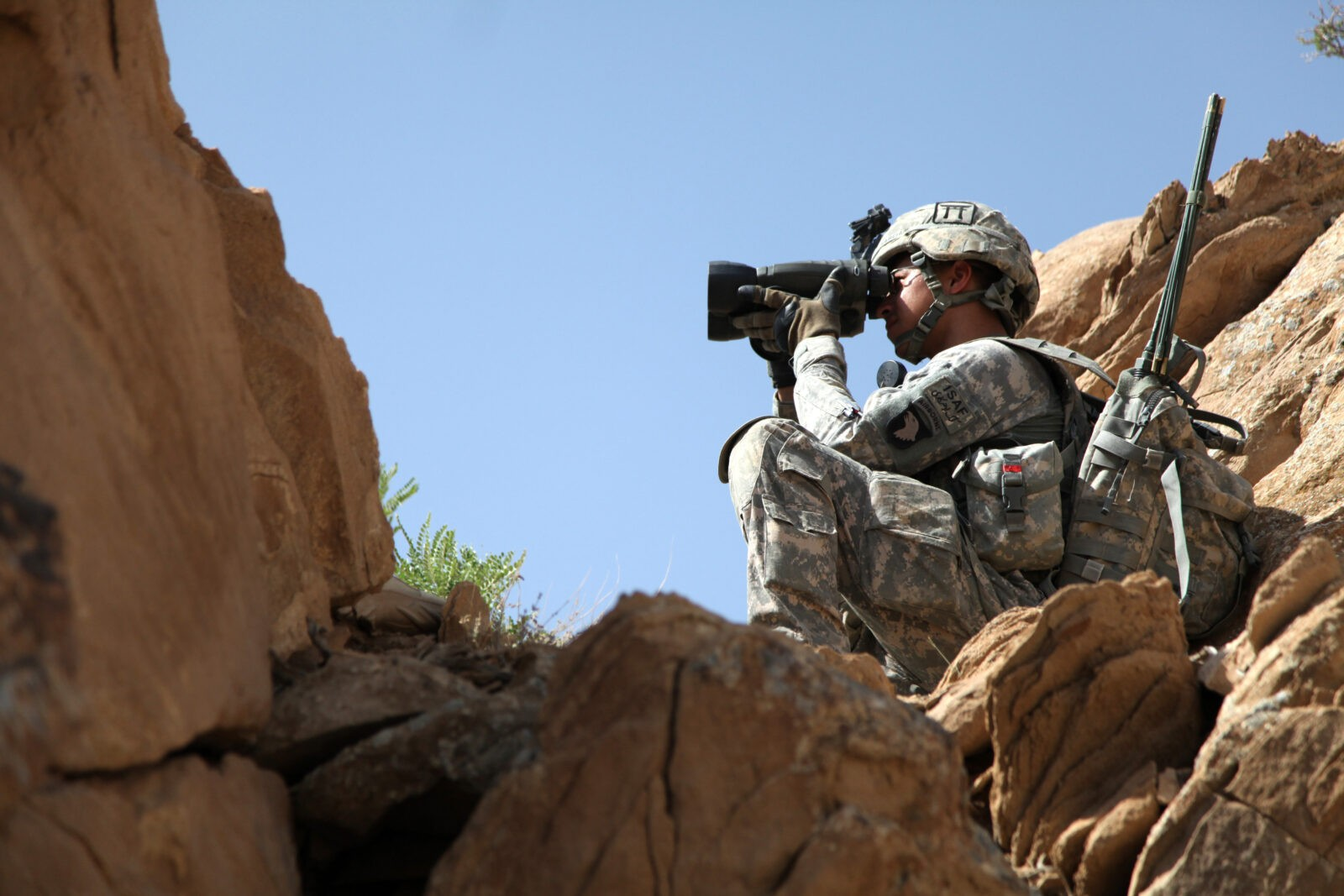 The DoD is trying to break the cycle of adding more batteries for more devices. (Army)
